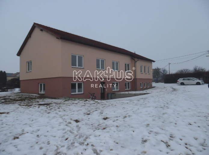 Byt 2+kk na prodej, Holasovice
